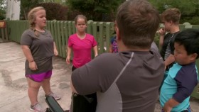 7 Little Johnstons S04E06 The M Word 720p WEB x264-KOMPOST EZTV