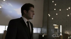 View Torrent Info: Arrow.S08E01.HDTV.x264-SVA[eztv]