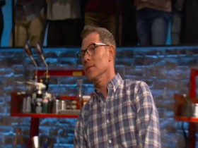 Beat Bobby Flay S21E03 Snaked Out 480p x264-mSD EZTV