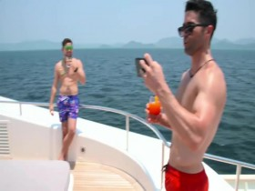 Below Deck S07E15 480p x264-mSD EZTV