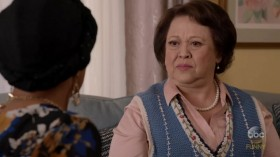 Blackish S04E14 HDTV x264-KILLERS EZTV
