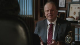 Blue Bloods S10E07 iNTERNAL 720p WEB x264-BAMBOOZLE EZTV