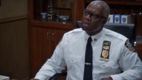 Brooklyn Nine-Nine S05E06 HDTV x264-SVA EZTV