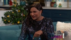 Busy Tonight 2018 10 28 Mindy Kaling 720p WEB x264-TBS EZTV