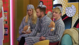 Celebrity Big Brother Live From The House 2017 01 11 720p HDTV x264-PLUTONiUM EZTV