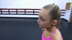 Dance Moms S02E11 Melissa Pleads The 5th WEB h264-CRiMSON EZTV