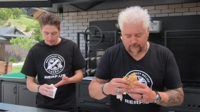 Diners Drive-Ins and Dives S32E02 Takeout Flavortown Comes Home 720p FOOD WEBRip AAC2 0 x264-BOOP EZTV