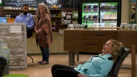 Disjointed S01E11 720p WEB x264-STRiFE gifgif.net