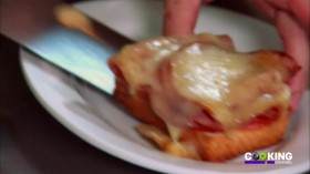 Food Fact or Fiction S04E01 Brunch Beauties HDTV x264-CRiMSON zxz33.com