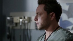 View Torrent Info: Greys.Anatomy.S16E04.HDTV.x264-SVA[eztv]