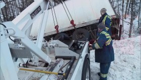 Highway Thru Hell S07E01 720p HDTV x264-aAF eyepathchesforboys.com