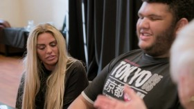 Katie Price My Crazy Life S03E08 Family Affair WEB x264-GIMINI EZTV