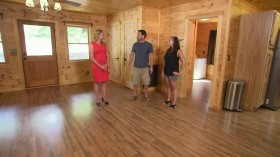 Log Cabin Living S04E01 Lake Lure Dream Log Cabin HDTV x264-W4F[eztv]