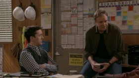 Man with a Plan S02E17 HDTV x264-LOL EZTV