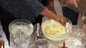 Martha and Snoops Potluck Dinner Party S03E02 Mother of All Brunches HDTV x264-CRiMSON EZTV