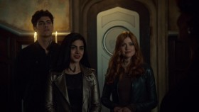 Shadowhunters S03E07 Salt in the Wound 720p AMZN WEB-DL DDP5 1 H 264-NTb EZTV