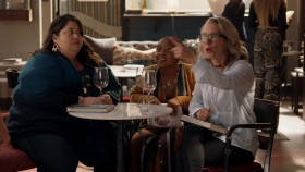 Single Parents S01E03 Leash Is Not a Guinea Pig A 720p AMZN WEB-DL DDP5 1 H 264-NTb EZTV