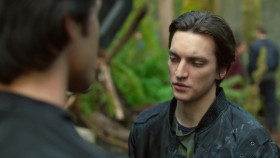 The 100 S01E01 Pilot 720p BluRay DD5 1 x264-NTb EZTV