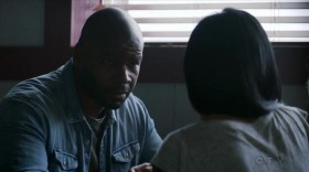 View Torrent Info: The.Crossing.S01E06.HDTV.x264-KILLERS[eztv]