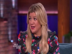 The Kelly Clarkson Show 2019 10 08 Beth Behrs 480p x264-mSD EZTV