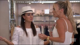 The Real Housewives of Beverly Hills S08E09 WEB x264-TBS[eztv]