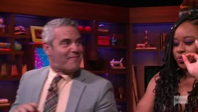 Watch What Happens Live 2019 07 10 Phoebe Robinson and Kumail Nanjiani WEB x264-LiGATE EZTV
