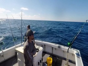 Wicked Tuna Outer Banks S06E15 All Out War 480p x264-mSD EZTV